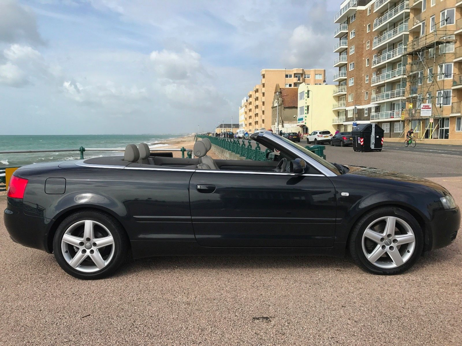 2005 Audi A4 CONVERTIBLE_5_Side - M Cars